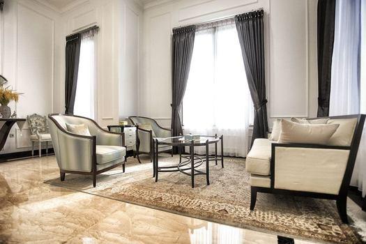 Residence at permata buana avant garde interior bluprin for Avant garde interiors