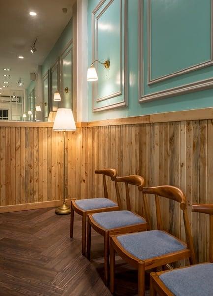 EZO CheesecakeampBakery Perpaduan Desain Interior Klasik